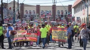 Mexikaner demonstrerar för högre löner