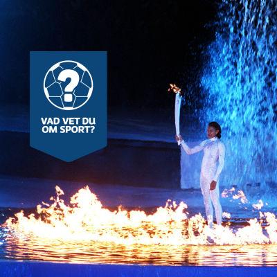 Cathy Freeman tänder OS-elden i Sydney.