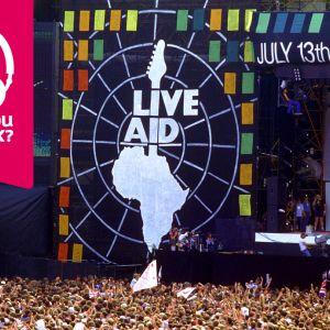 Publikhavet och Live Aid-scenen på Wembley-stadion i London år 1985.