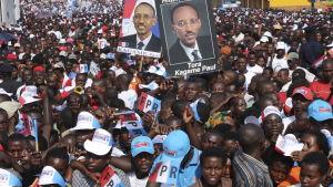 Kagames anhängare inför valet i Rwanda