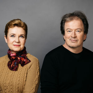 Kirjailijat Sirpa Kähkönen ja Kjell Westö