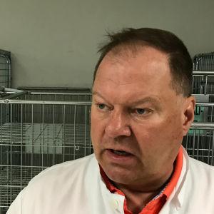 Lapin sairaanhoitopiirin infektioylilääkäri Markku Broas