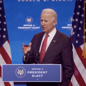 Joe Biden puhuu kuvernööreille virtuaalisessa tilaisuudessa Delawaressa marraskuussa 2020.