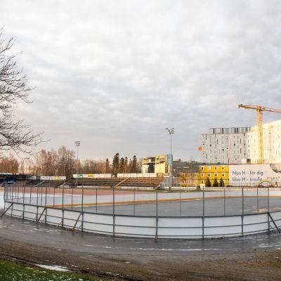 Hietalahden pesäpallostadionin siirto on vielä vaiheessa.