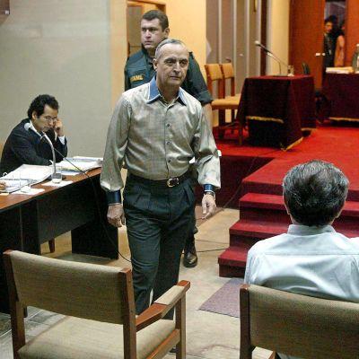 Perun ex-vakoilupäällikkö Vladimiro Montesinos arkistokuvassa.