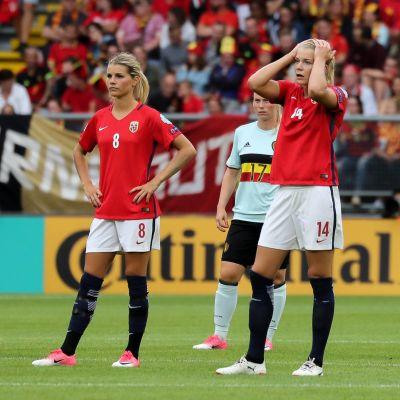 Ada Hegerberg inte nöjd med insatsen mot Belgien.