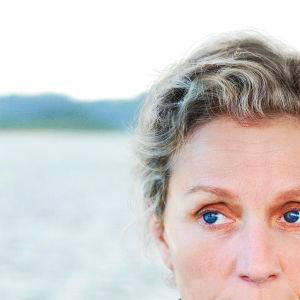Kuvassa Olive Kitteridge (Frances McDormand).
