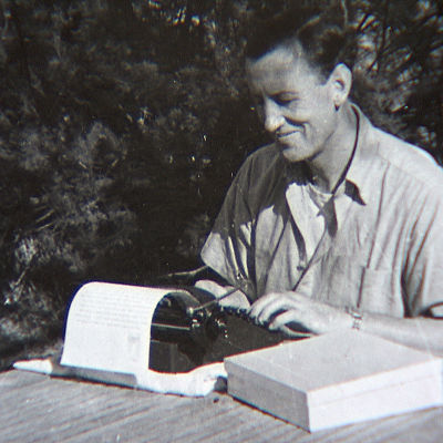 Kirjailija Ian Fleming