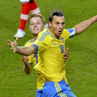 Zlatan Ibrahimovic firar sitt mål mot Österrike i Solna 2013.