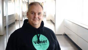 Christer Schoultz hjälper missbrukare.
