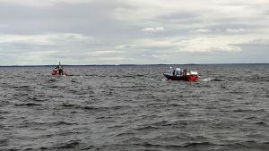 17 personer i sjönöd norr om Vasa