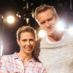 Miakela Ingberg och Mårten Svartström tävlar i På resande not.