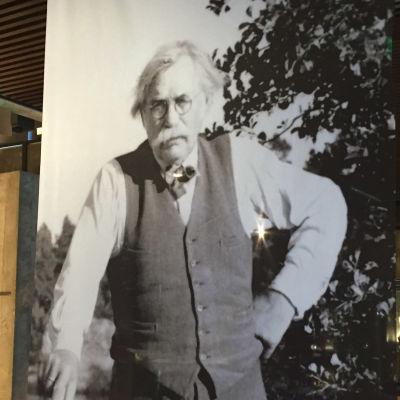 Svartvit bild av kompositören och professorn Otto Andersson.