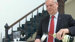 Rödluvans kommunikationsdirektör Peter O. Claussen.