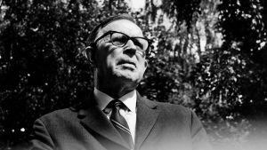 Nobelpristagaren Artturi Imari Virtanen var en av dem som jobbade för att det finländska saltet skulle joderas. Här fotograferad på 1960-talet.