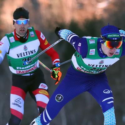 Ilkka Herola åker i skidspåret