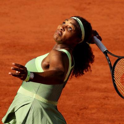 Tennispelaaja Serena Williams Ranskan avoimissa.