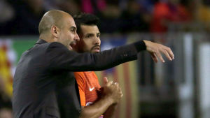 Pep Guardiola coachar Sergio Aguero.
