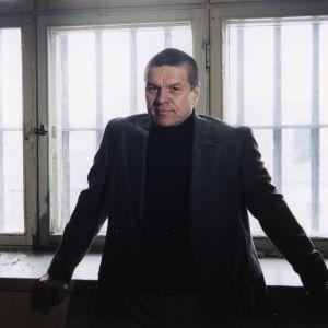 Juontaja Jarmo Mäkinen