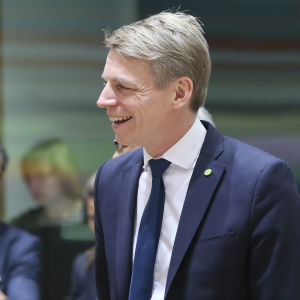 Porträttbild på Sveriges finansmarknadsminister Per Bolund (MP).