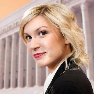 Ykkönen seuraa 10. - 12. kesäkuuta neljän eduskuntapuolueen puoluekokousta. Studiossa juontajana Sanna Savikko.