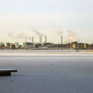 Oljeraffinaderiet i Sköldvik