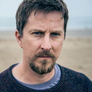 Neliosaisen brittisarjan pääroolin näyttelee Lee Ingleby.