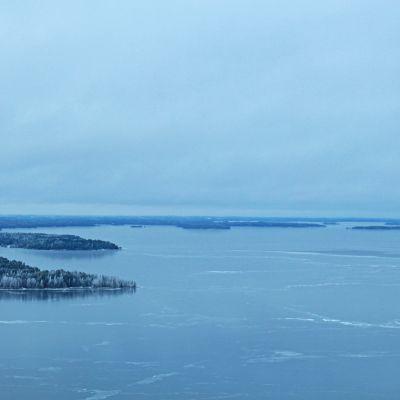 Näsijärvi on saanut jääpeitteen