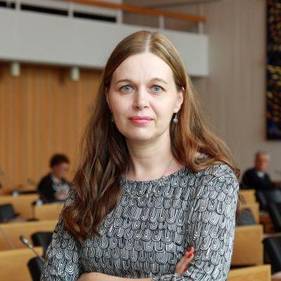 Uusi apulaispormestari Johanna Loukaskorpi (sd.)