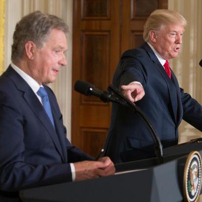 Presidentit Niinistö ja Trump pitivät yhteisen tiedotustilaisuuden Valkoisessa talossa 28. elokuuta 2017.