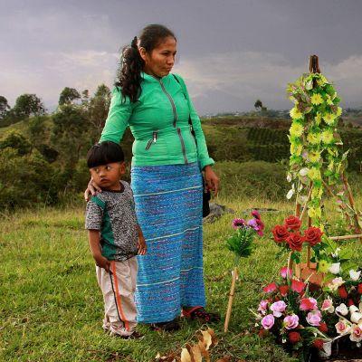 Kolumbian vuosi sitten solmittun rauhansopimus ei lopettanut maan väkivaltaa.