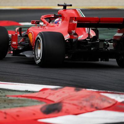 Ferrari testaa Barcelonassa 26.2. 2018