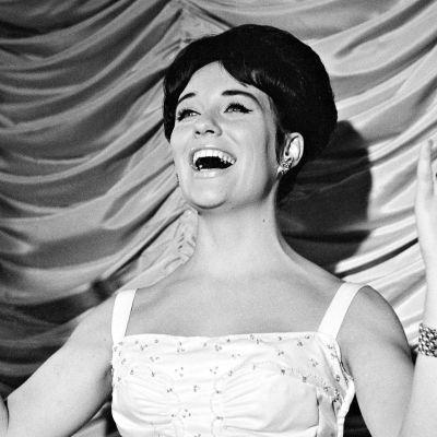 Dokumenttielokuva 1960-luvun laulajasuosikista Laila Kinnusesta.