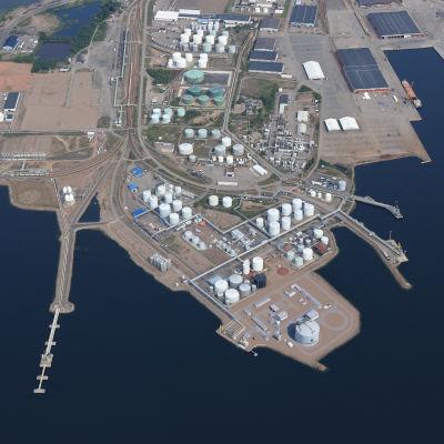 Flygbild av hamnen i Fredrikshamn