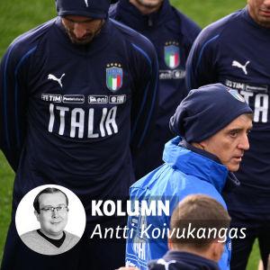 Roberto Mancinis Italien inleder mot Finland.