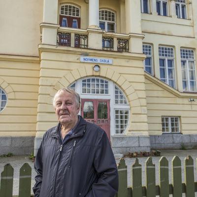 Normens skola i Nykarleby, Jan-Erik Högdahl stadsstyrelsens ordförande