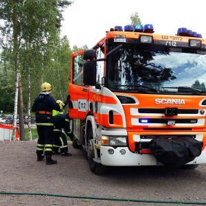 FBK-ungdomsläger med brandsläckningsövning i Bobäck 2016