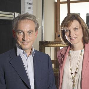 Philip Mould ja Fiona Bruce sarjassa Taidetutkimukset