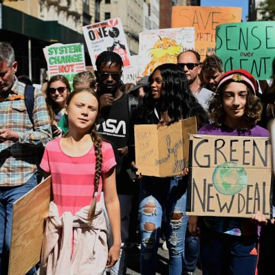 Greta Thunberg demonstrerar i New York 20.9.2019.