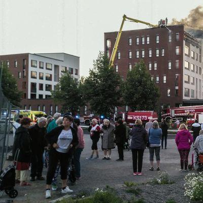Tulipalo kerrostalossa Palokan Ilona -seniorikohteessa Jyväskylässä