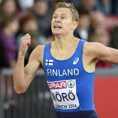 Oskari Mörö kilpaili Zürichin yleisurheilun EM-kisojen 400 metrin aitajuoksussa.