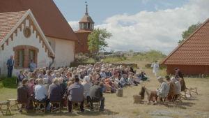 Teater på Franciskusfesten på Kökar