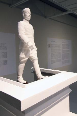 Mannerheim-aiheinen näyttely Mikkelin taidemuseon väistötiloissa kesäkuussa 2019.