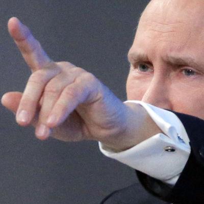 Rysslands president Vladimir Putin på sin årliga presskonferens i Mooskva den 18 december 2014.