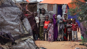 Somalian pääkaupungin Mogadishun slummeissa eletään epätoivoisissa olosuhteissa.
