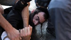 En ultraortodox man attackerade prideparaden i Jerusalem med kniv 30 juli 2015.