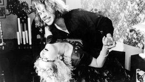 Sam Huber ja Leena Uotila elokuvassa Ripa ruostuu.