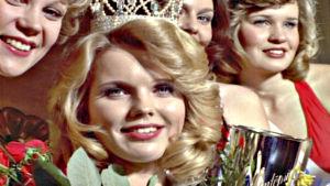 Johanna Raunio kruunattiin Miss Suomeksi.