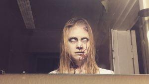 Sonja Kailassaari som Zombie