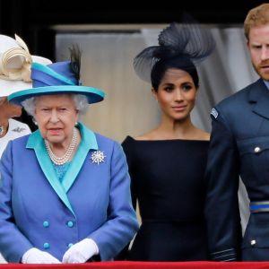 Hertiginnan Camilla, drottning Elizabeth, hertiginnan Meghan och prins Harry på balkongen i Buckingham Palace sommaren 2018.